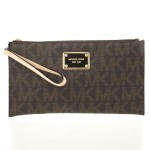 michael-kors-brown-monogram-clutch-lc-20432-121963-1-2 (1)
