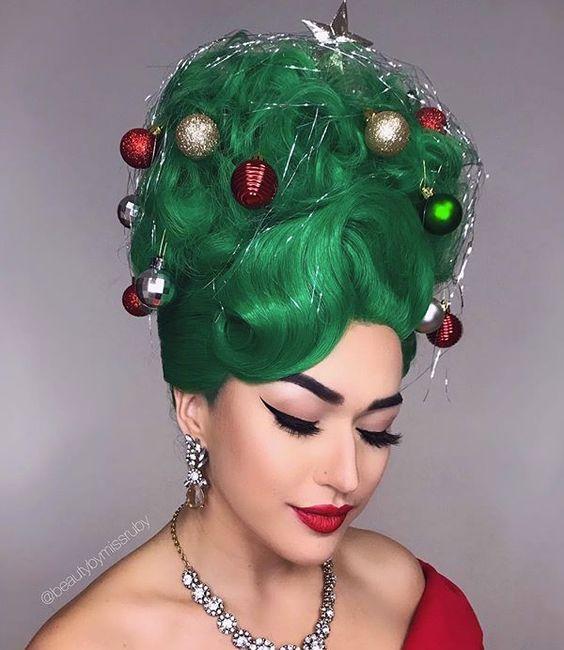vianocny uces v tvare vianocneho stromceka stylemon